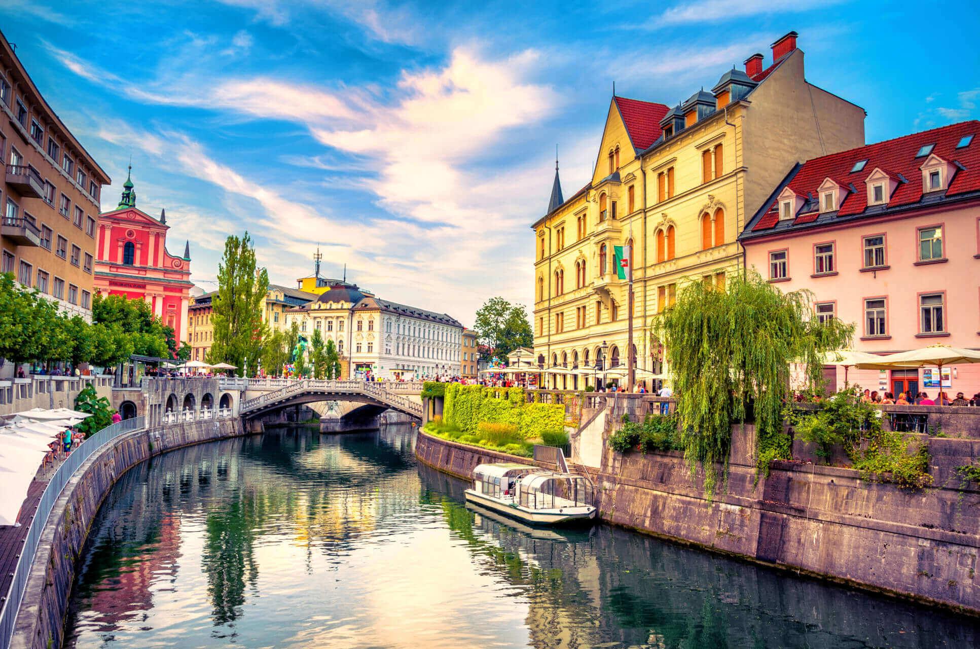 Quy tắc nhập cảnh Slovenia theo COVID-19: Những điều du khách cần biết - SchengenVisaInfo.com
