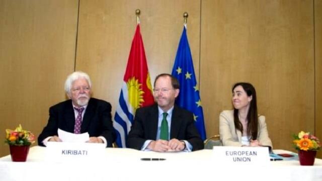 EU and Kiribati sign visa waiver agreement
