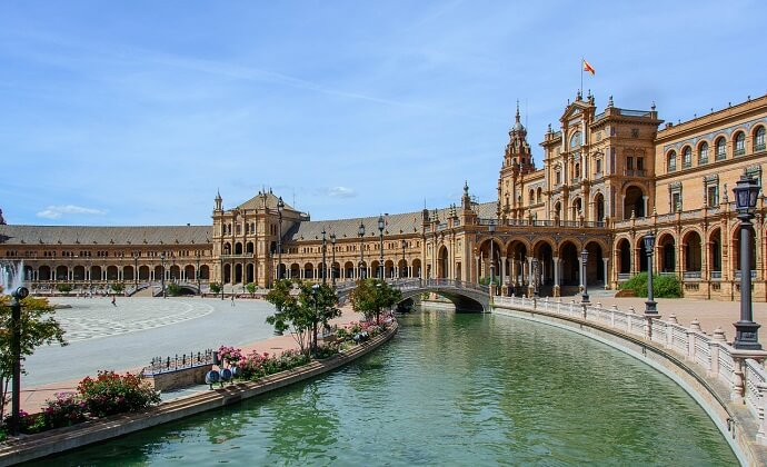 Spain Travel Insurance - Health Insurance for Visitors & Tourists in Spain